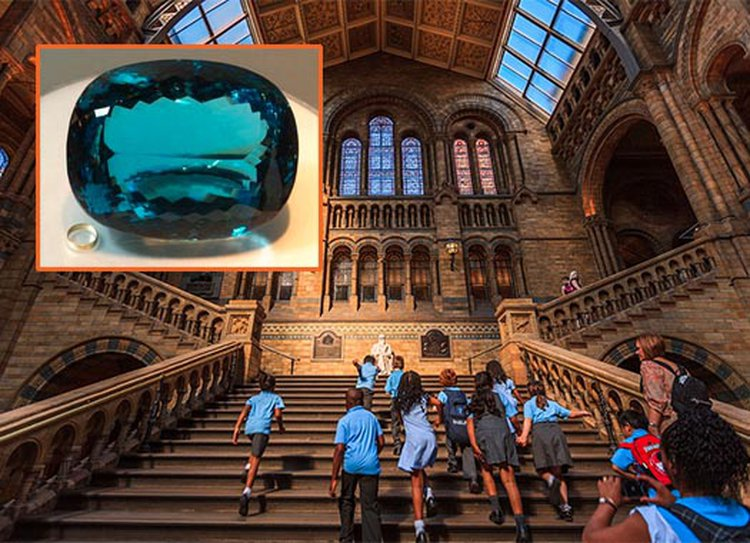 London's Natural History Museum to Host the World's Largest Faceted Vivid Blue Topaz