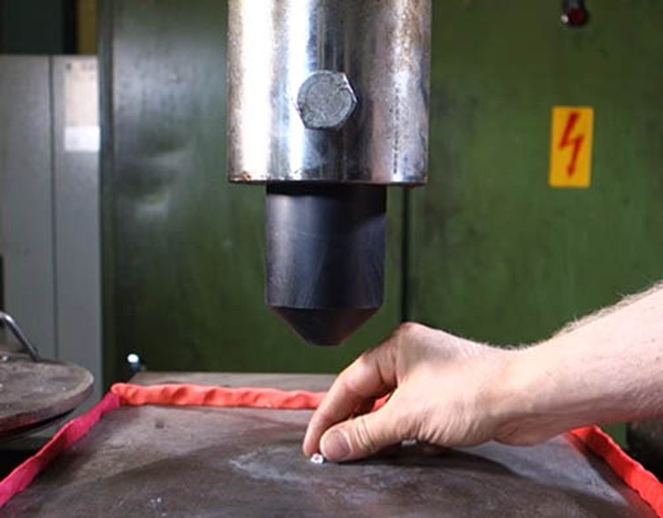 Tiny Diamond Faces Off Against the Mighty Power of a Hydraulic Press; Guess Who Won?