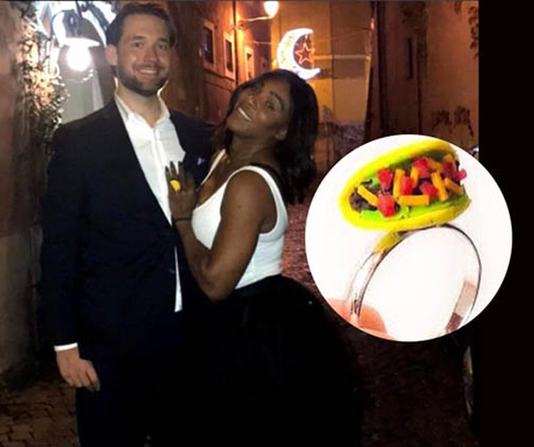 Tennis Star Serena Williams Jokes That Her Engagement Diamond From Reddit's Alexis Ohanian Looks Like a Taco